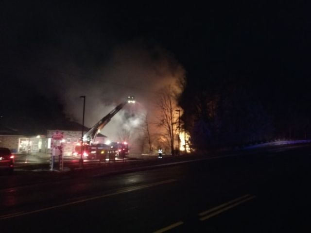 Firefighters Respond to Early Morning Fire