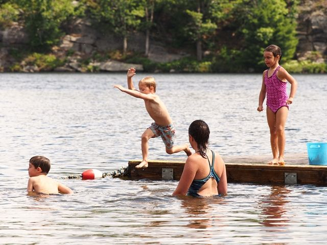 Swim Advisory In Effect At Muskoka Bay Beach