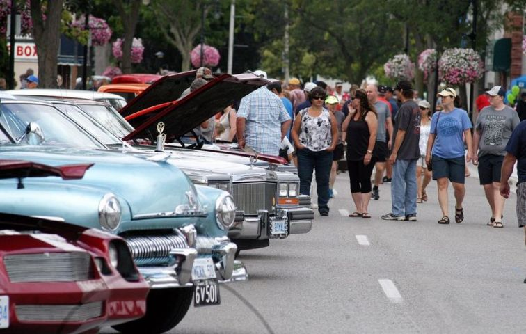 Classic Boat & Car Show On This Sunday In Baysville