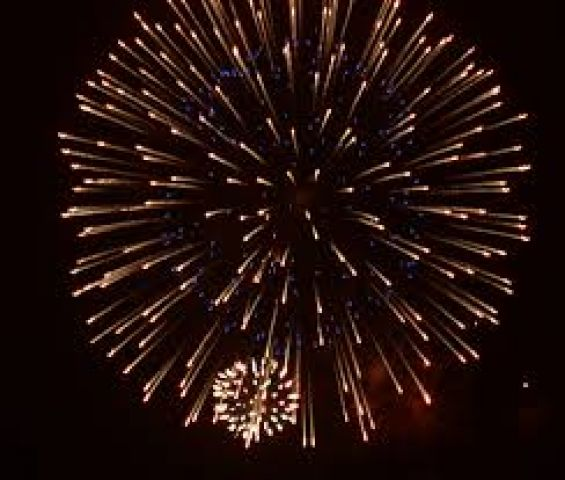 Gravenhurst Hosts Fireworks At The Wharf