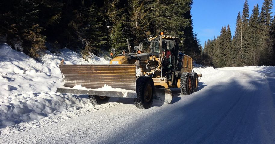 Road Crews Work To Remove Ice On Roads in Gravenhurst