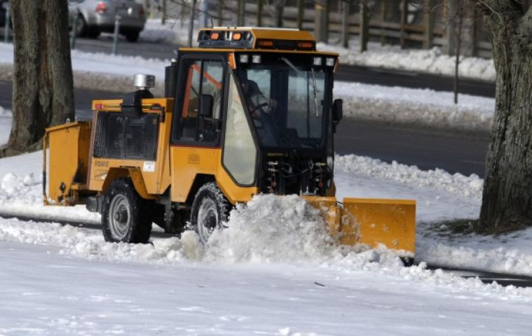 Huntsville Asks Residents To Be Aware Of Sidewalk Plows